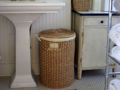 Tips on choosing laundry baskets for the bathroom