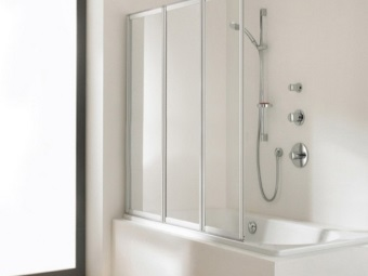 Features selection of plastic curtains for bath