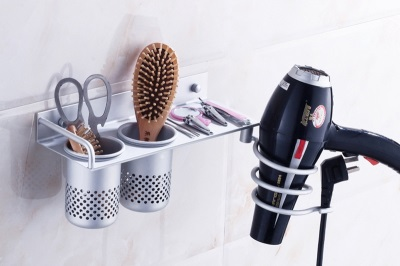 Tips for choosing a holder for a hair dryer in the bathroom