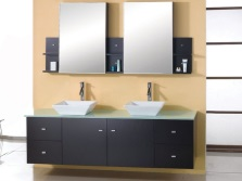 The sizes and shapes of mirrors with shelves in the bathroom