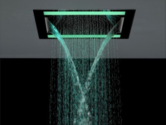 Shower with illumination
