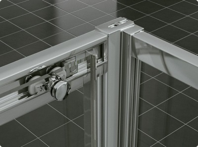 Rollers for sliding structures