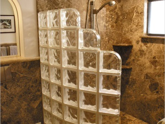 partition of glass bricks in a small bathroom