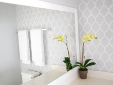 Stencil pattern in the bathroom