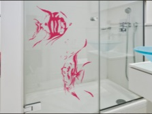 Stencil pattern on glass surfaces in the bathroom