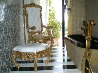 Furniture and fixtures for the bathroom in the Baroque style