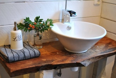 Wooden furniture in the Scandinavian bath