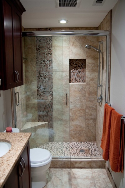 Shower without a tray in a small bathroom