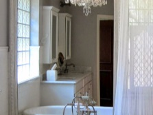 Bathroom with a chandelier