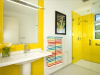 Bathroom in yellow