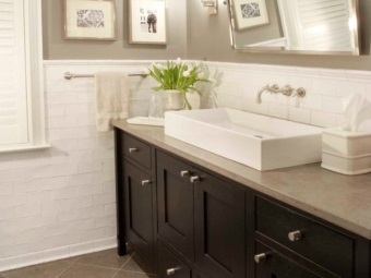 Fixtures for the bathroom mirror in the gray