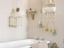 Accessories for small bathrooms
