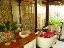 Flowers and bath accessories