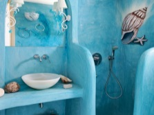 Paint the walls of the bathroom in marine style