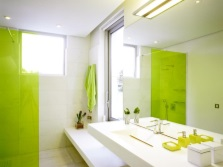 Light green color in the bathroom