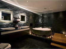 Stretch ceilings and light sources in the bathroom