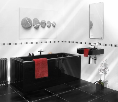 An example of black and white bathroom