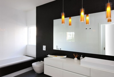 Black and white bathroom .Bright accents