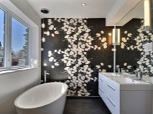 black and white beautiful bathroom