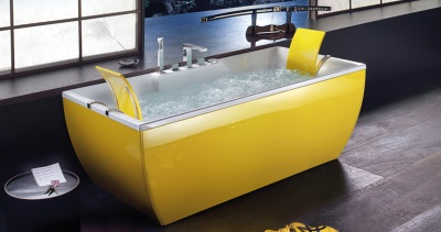 Yellow bath
