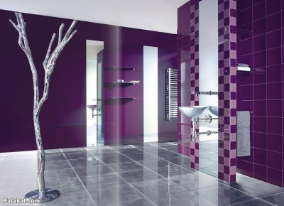 A variety of accessories in purple bathroom
