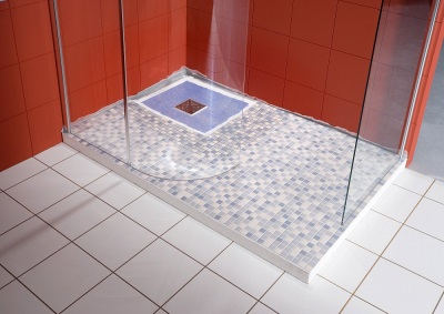 Shower with a drain in the floor