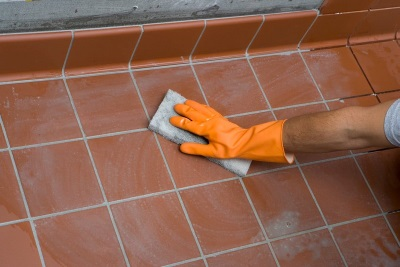 Cleaning Ceramic Tile by epoxy grouting