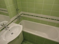Budget option bath with tile