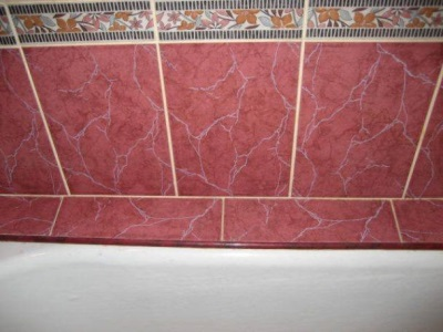 Decorating joint tiled border