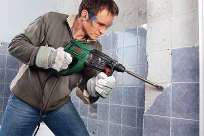 Removing tile puncher