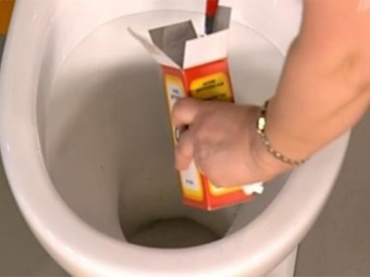Soda for cleaning the toilet bowl
