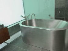 Iron stainless steel bath