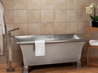 Iron steel bath