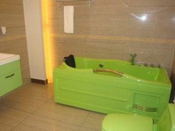Coloured Acrylic Tub