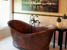 Metal freestanding bath