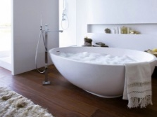 The unusual shape of freestanding baths