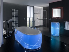Freestanding bathtub with illumination