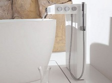 Mixer freestanding bath