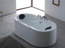 Mixer on the rim for freestanding bathtubs