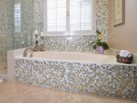 Bath screens made ​​of ceramic tile