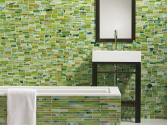 Deaf screen of tiles under the bathroom