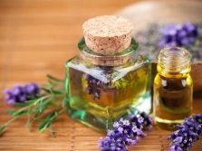 Aromatic oils for the bath