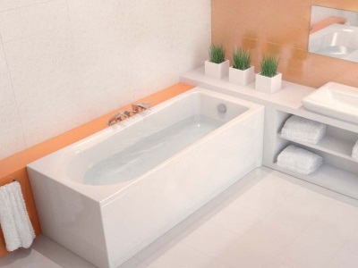 Acrylic bath from the company Cersanit