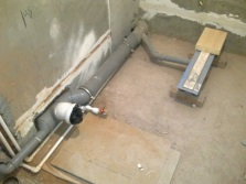 Sewerage system for embedded bath