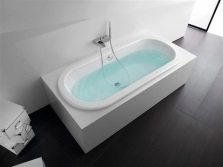 A cast iron bath with anti-slip coating