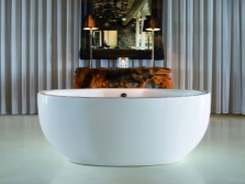 Oval bath for two