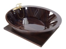 Wooden tub