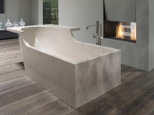 Bath with natural stone