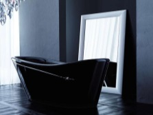Black bath with Swarovski stones