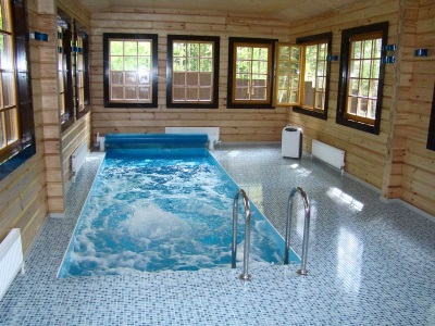 Hydromassage pool house
